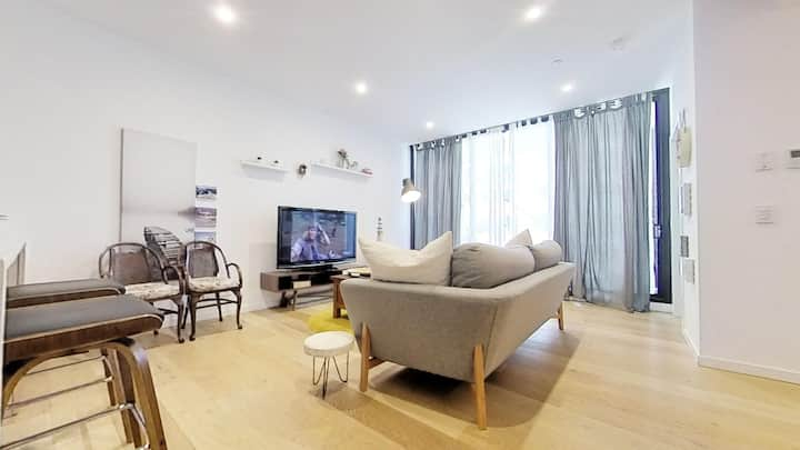Sweet Home in Heart of  Chatswood