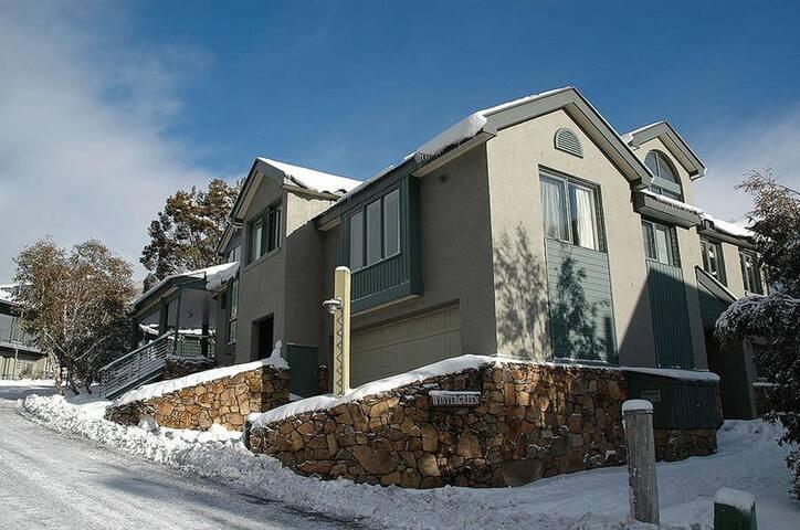 Wintergreen 3 @ Crackenback Ridge, Thredbo