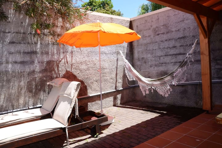 House with one bedroom in Porto da Cruz, with wonderful mountain view, enclosed garden and WiFi
