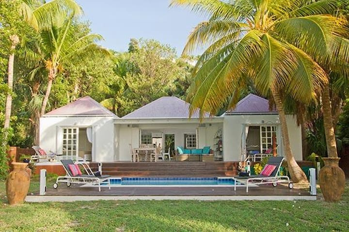 Villa WV EZE - Quiet, peaceful villa, close to beach with a pool and spa - Saint-Barthélemy - Villa