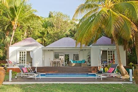 Villa WV EZE - Quiet, peaceful villa, close to beach with a pool and spa - Saint-Barthélemy