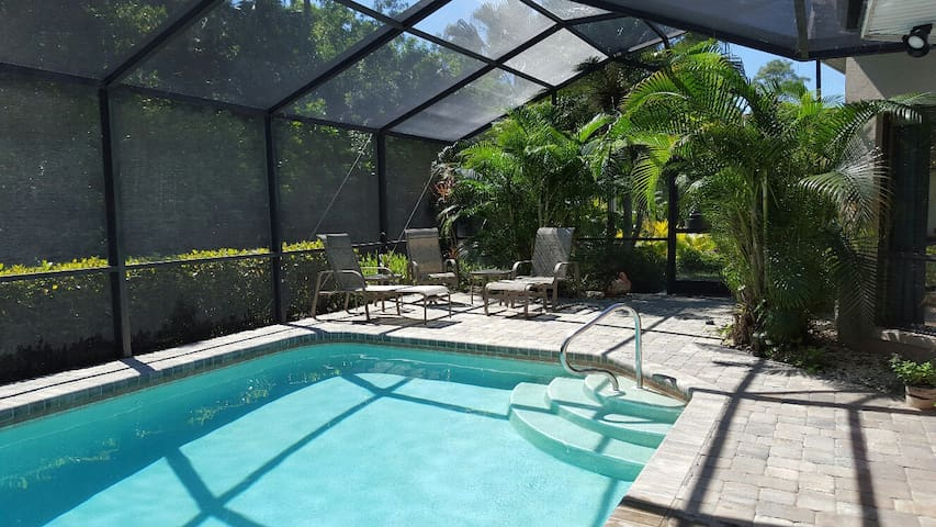 Private Retreat Near Naples - Bonita Springs - Huis