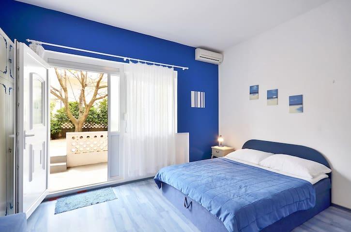 Apartment Sara 2 (pet friendly) - Promajna - Pis
