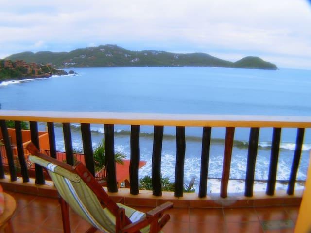Hermosa Vista a la bahiaZihuatanejo