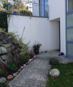 Spacious home by the lake. - Inning am Ammersee - B&B