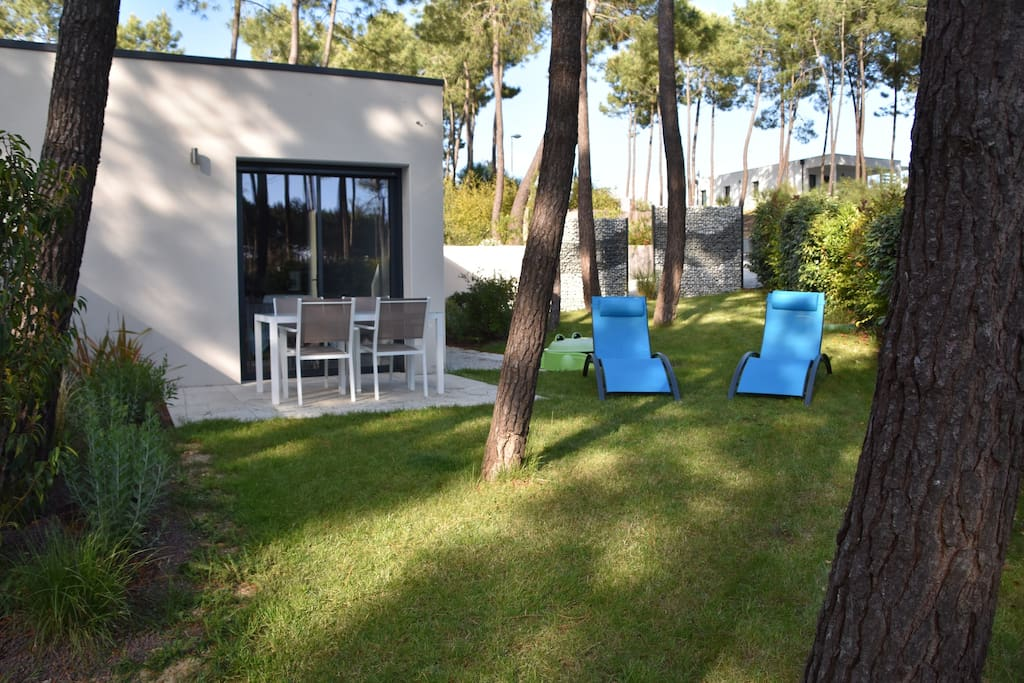appartement neuf 4 personnes golf resort palmyre apartments for rent in les mathes nouvelle. Black Bedroom Furniture Sets. Home Design Ideas