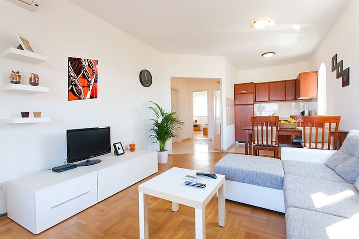 Cozy appartment in Poreč