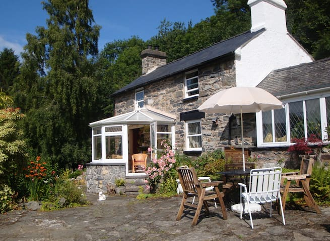 Firs Cottage B&B, the Conwy Valley - Conwy Valley