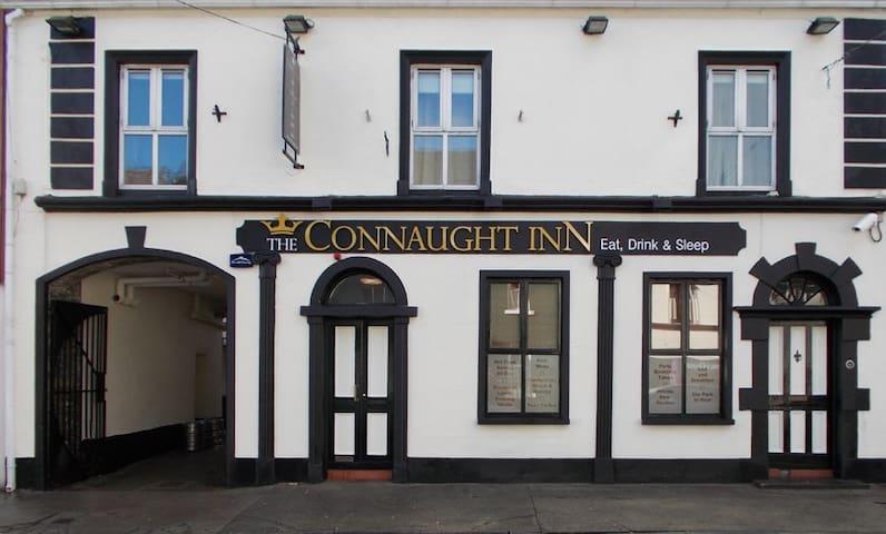 The Connaught Inn - Castlebar - Bed & Breakfast