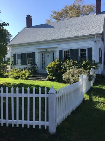 Lowells Cove House  A charming 1840 's Maine cape.