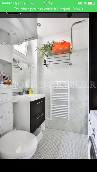 Salle de bain / WC avec lave linge