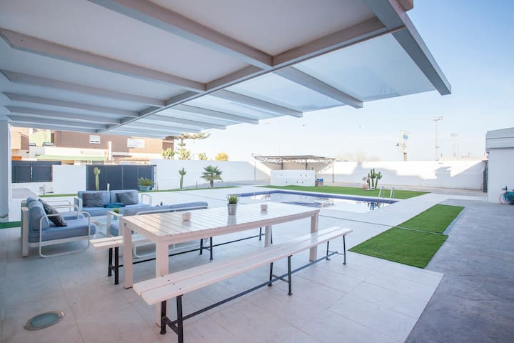Luxury Villa w/pool near Valencia&Beach - La Pobla de Farnals - 別荘