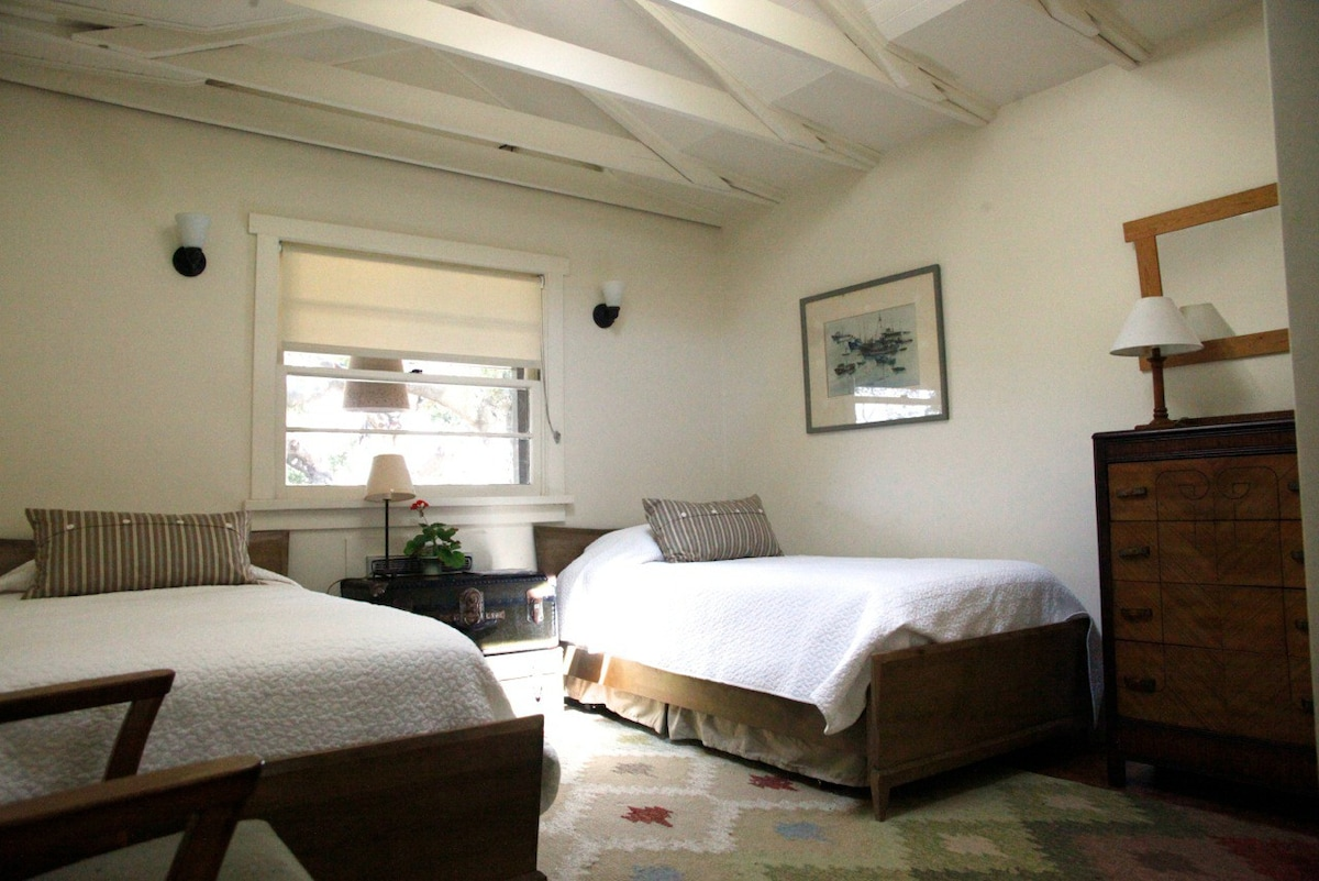 Wild Rice Quotcottage Under The Oaksquot Houses For Rent In