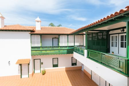 Luxury aprt for 2 in typical canary house - Puerto de la Cruz - Leilighet