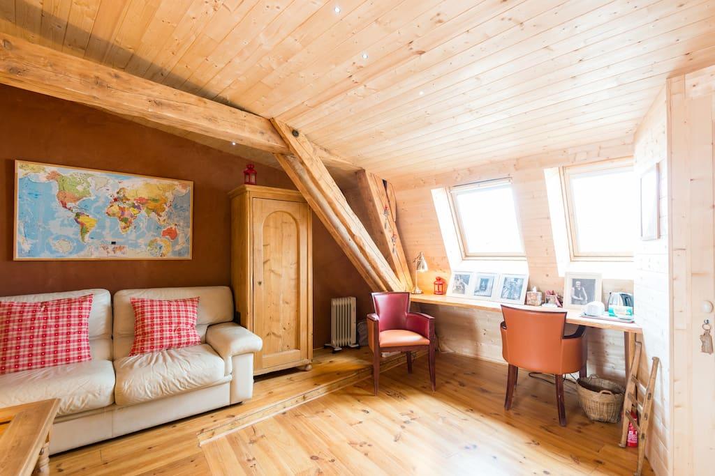 nid douillet plein centre pr s gare chambres d 39 h tes louer chamb ry rh ne alpes france. Black Bedroom Furniture Sets. Home Design Ideas