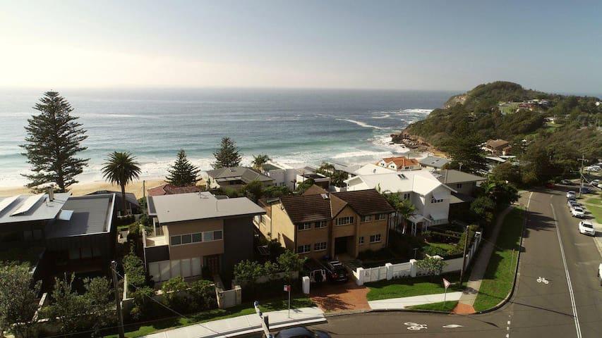 Oceanview Mona Vale ✮✮✮✮✮