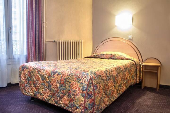 Chambre Single Confort