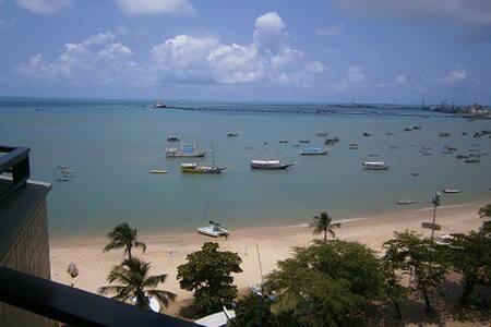 Hotel Golden 4 estrelas à beira-mar - Fortaleza