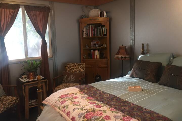 Dream Ranch Guest Room