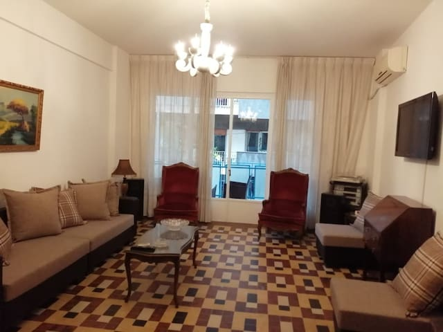 Spacious apartment in the heart of Achrafiye