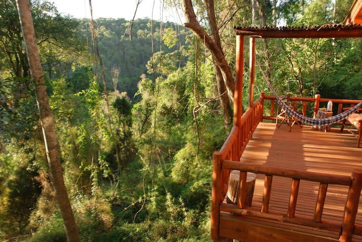 Cabaña Compartida en Selva Misionera Con Desayuno.