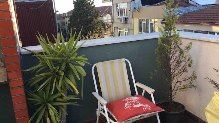 Happy penthouse in central of Moda with terraces