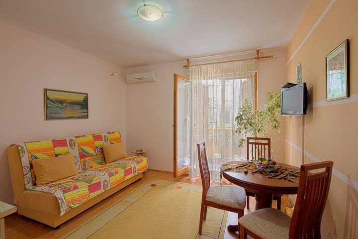 Vila Kunjic - Nice Apartment No.1. - Budva