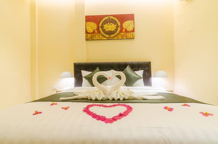 MyLivingPlaceNathon-Superior room 1