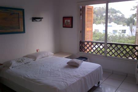 50m de la PLAYA, Hermoso departamento en ECUADOR - Same - Apartment