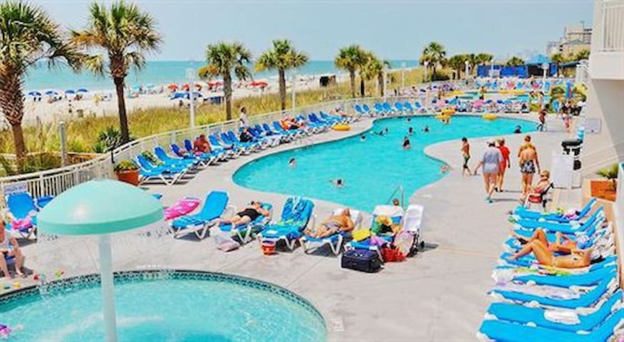 Gorgeous Oceanfront 1 BR Sleeps 8 -Linens included - North Myrtle Beach - Apartamento