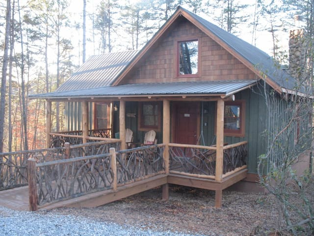 Helen ga north georgia mountians cabins for rent in for Large cabin rentals north georgia