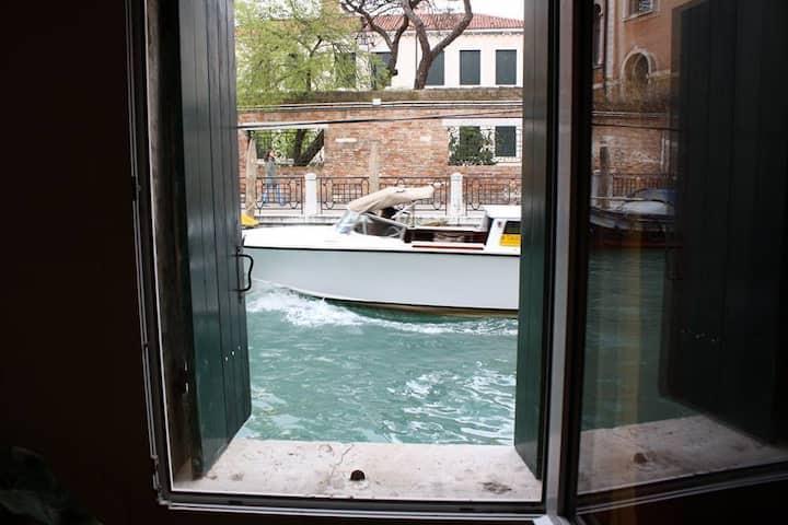 Canal view near Biennale Wi-fi