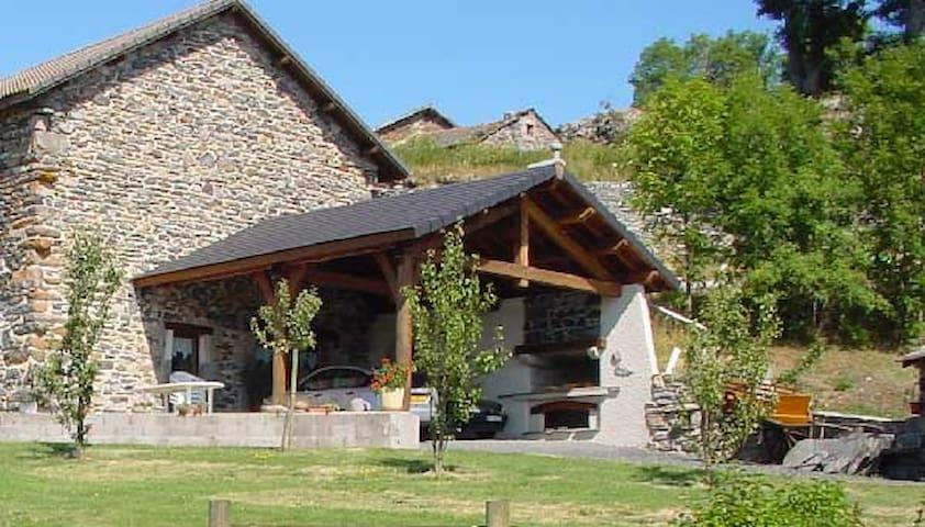 Ferme rénovée au Mazet Saint Voy