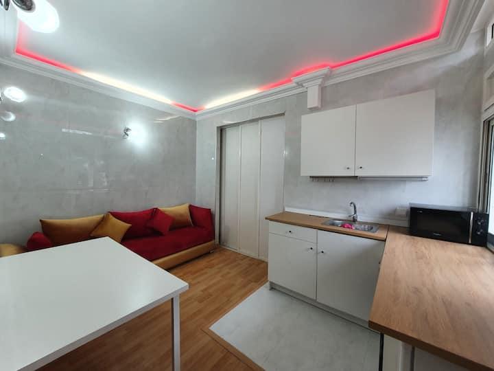 Studio Luxe Rouge - Internet Fibre 100Mo