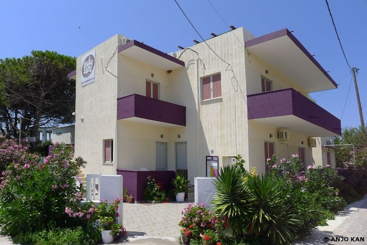 Aumkara Apartments - Studios