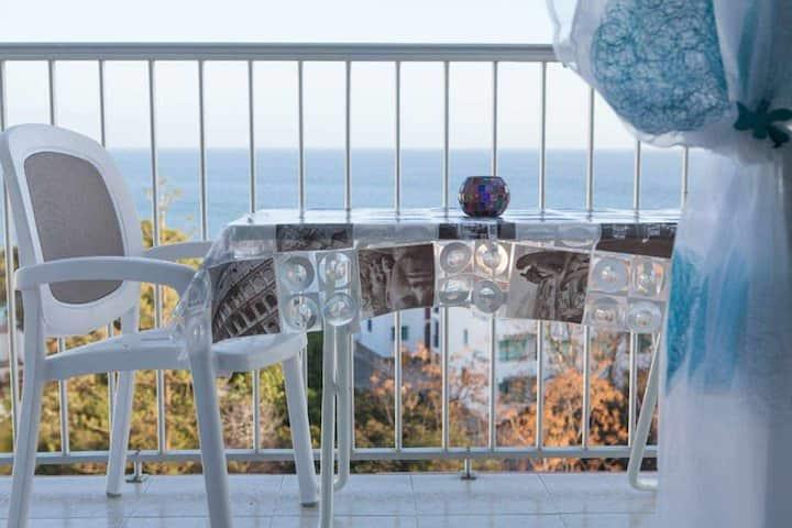 Fantástica vista al mar y al Balcón de Europa!