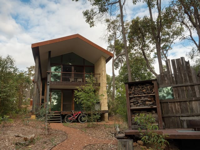 14 Tall Trees, Holiday Home in Margret River Area.