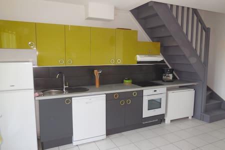 duplex 2 pers terrasse et barbecue - Port-la-Nouvelle