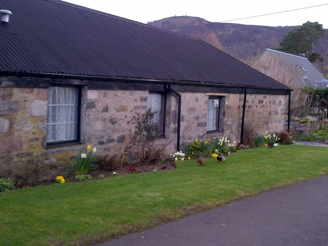 Cornerhouse Cottage - Blair Atholl