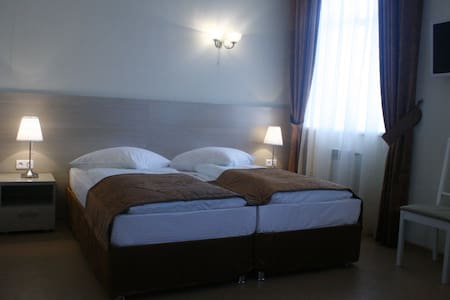 "гостиница ""Атом"" - Seversk - Wohnung"