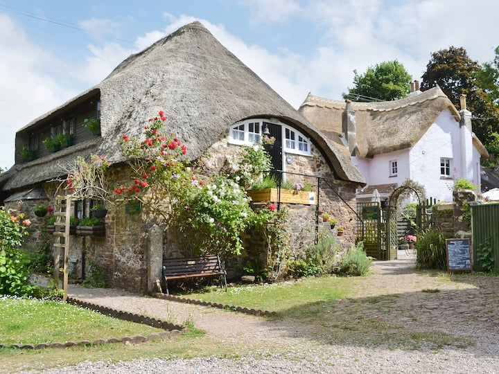 Granary Cottage (31160)