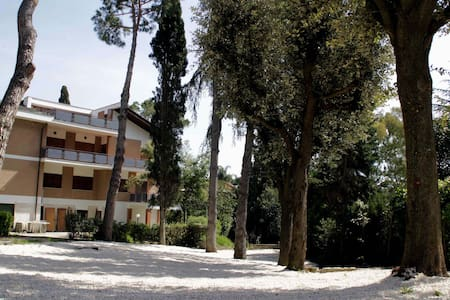 "Apt ""Lavanda"" in Villa with pool - Residenza Aurelia"
