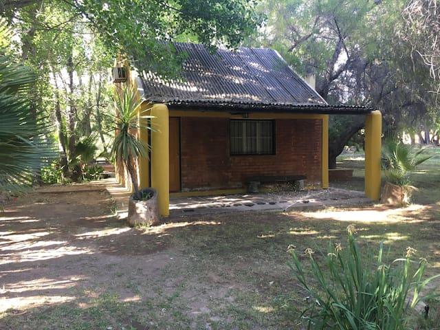 Cabaña en Ullum para 6 personas - Casa de Campo. - Ullum - Srub