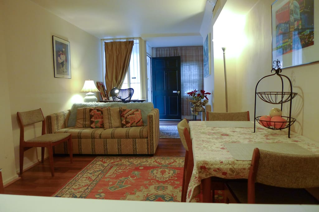 1 br great dupont circle location 2 min to metro for M dupont the dining rooms lyrics