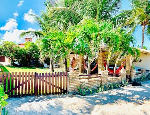 Linda e Aconchegante Casa à Beira Mar de Maragogi