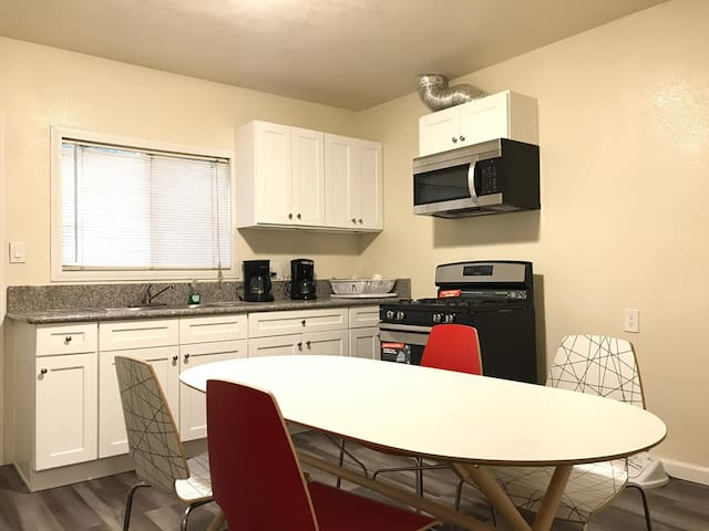 Cheap Stay Near DTLA (Boyle Heights)