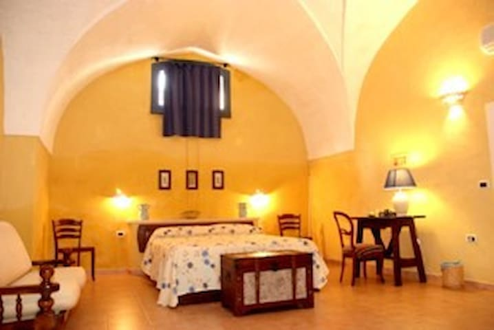 Three bed room in B & B - Spongano - Wikt i opierunek