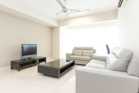 Luxury in  Mid Valley Kuala Lumpur - Medan Syed Putra Utara