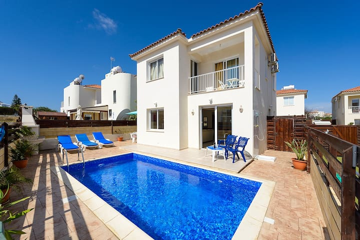 DAFVIL12 3 Bed Villa Pernera Beach - Pernera - Vila