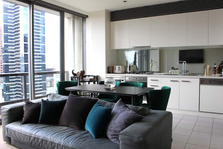 Luxury Apartment in the CBD with stunning views